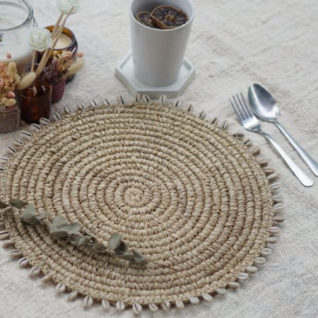 075.10-Shell-Placemat-Natural-1-1