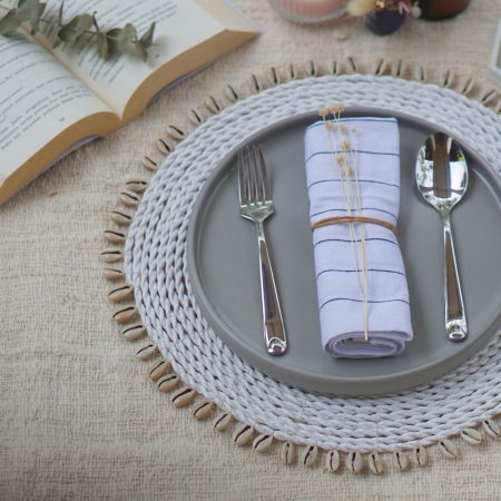 075.7-Shell-Placemat-White-1