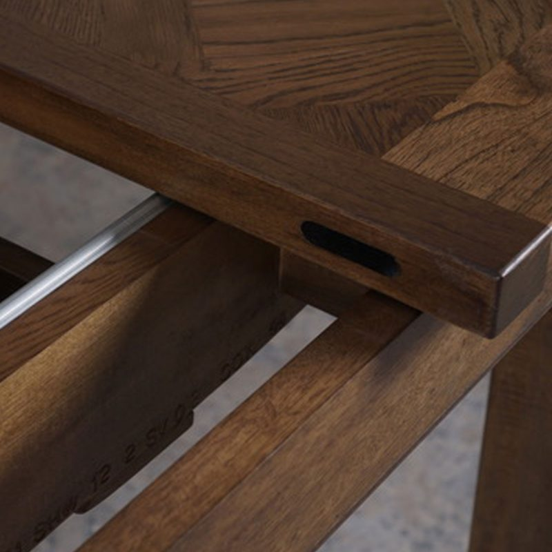 BELLAGIO-OAK-EXTENSION-TABLE-DETAIL