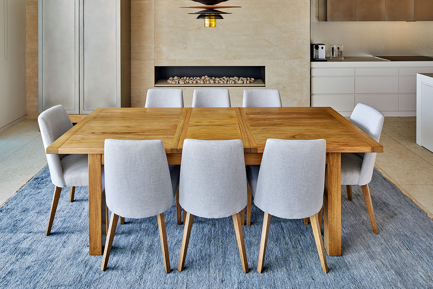 The Bellagio Large Extension Dining Table Available In Solid Mango Wood Parquetry Or Plain Top White Cedar Is A Simple Yet Stylish Design For