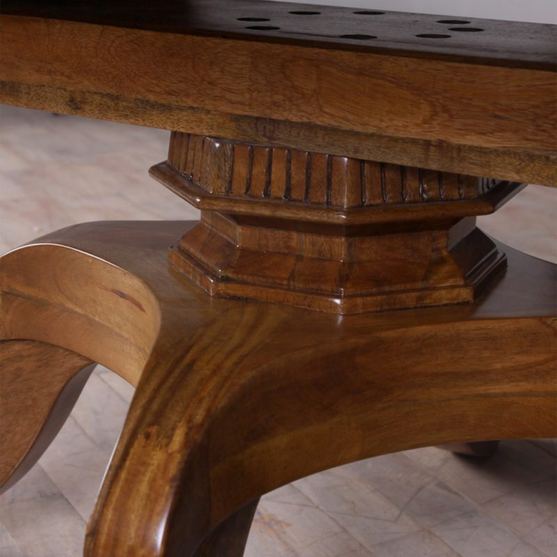 CHATEAU-EXTENSION-TABLE-ROUND-2