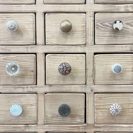 Drawer & Door Knobs