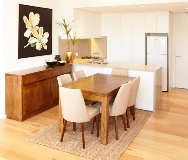 Modern Dining Table Solid wood