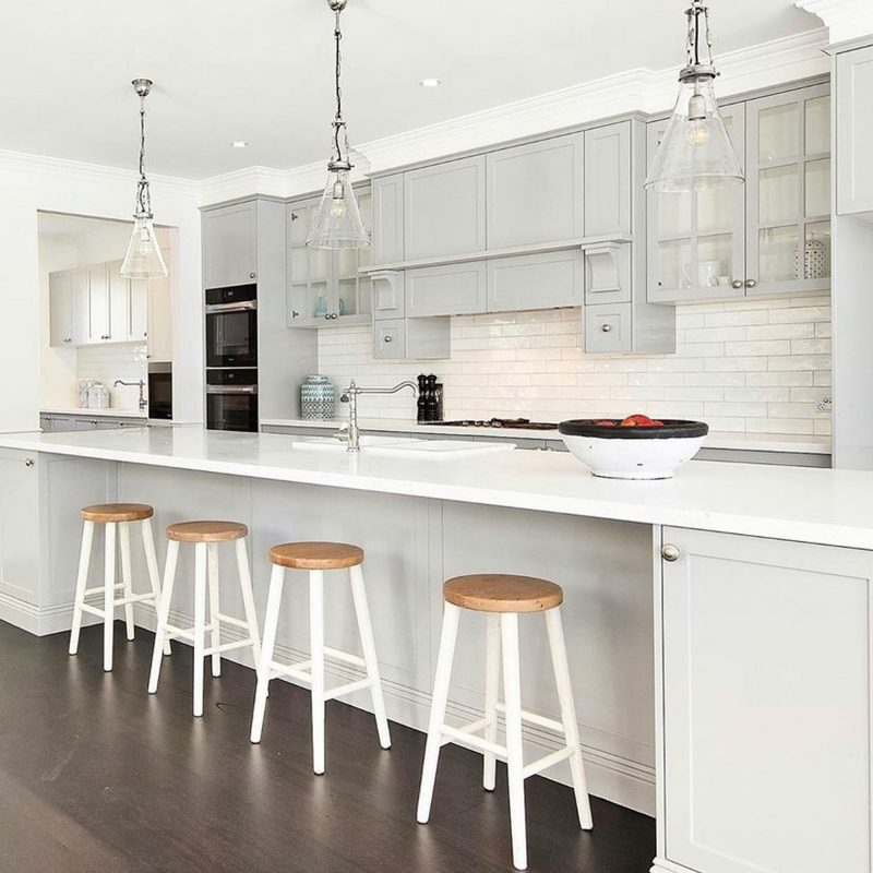 Hamptons-white-barstool-cordony