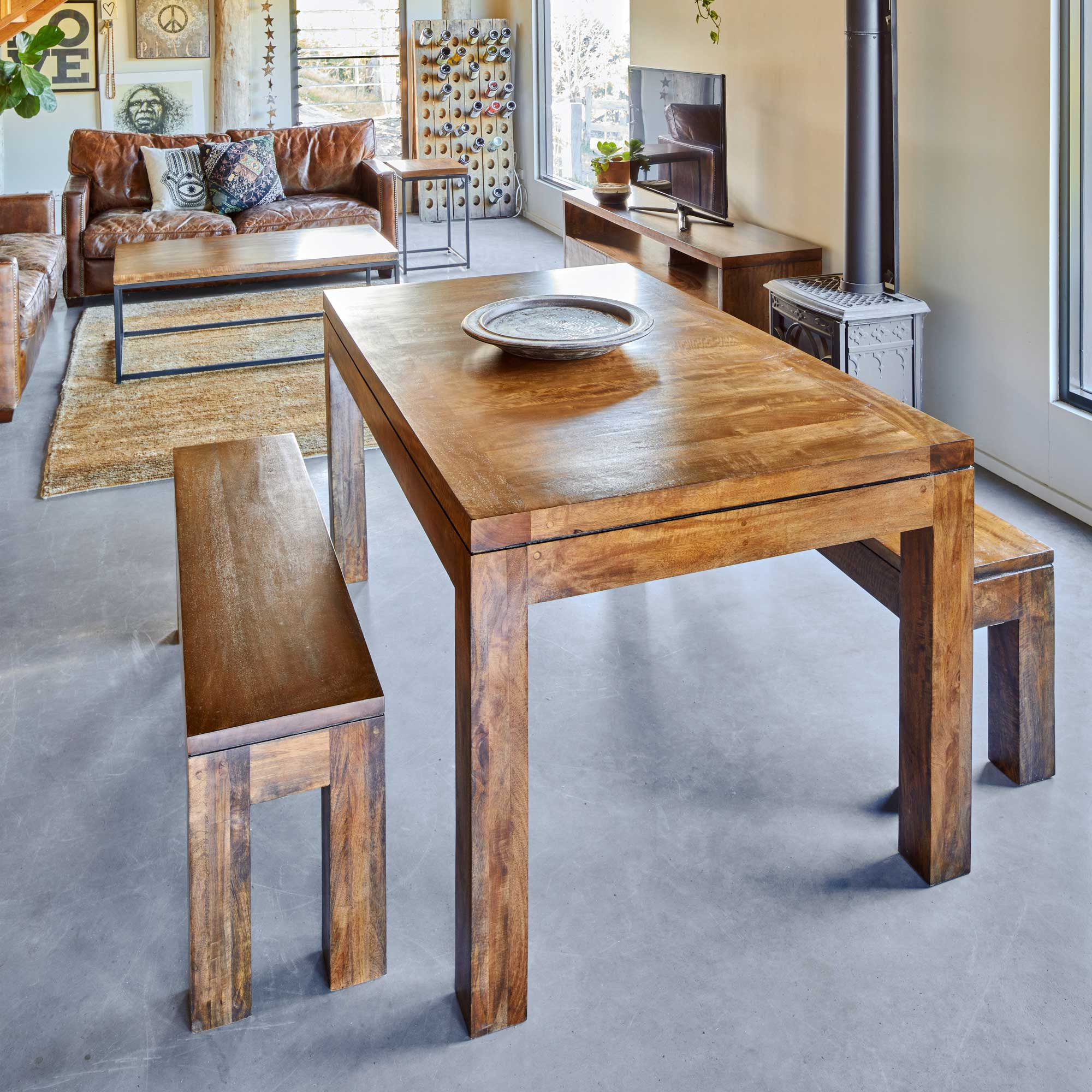 NEW-YORK-DINING-TABLE-BENCH-SET