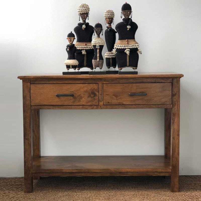 NewporT-console-small-styled-2000